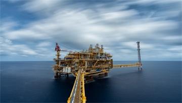 【原油】風險事件來臨前獲利了結!原油盤中一度大幅下挫逾4%