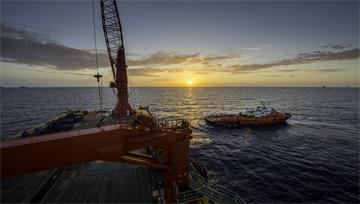 【原油】API原油庫存下降、歐央行寬鬆預期助攻,油價暴力反彈逾4%創年內最大單日漲幅!