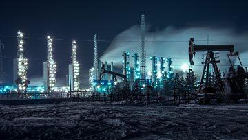 【原油】EIA原油库存意外增加、美元指数跌向97.0,鲍威尔言论暗藏凶险或助油价重返升势!