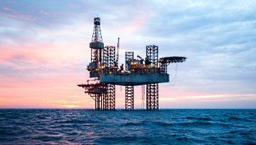 油價遭COVID-19和原油壟斷戰爭雙重夾擊跌至四年低位,黃金面臨回撤至11月低點1446威脅