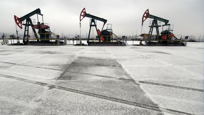 原油價格走勢:三大利空打壓下只能走弱,初步支撐看向這裡