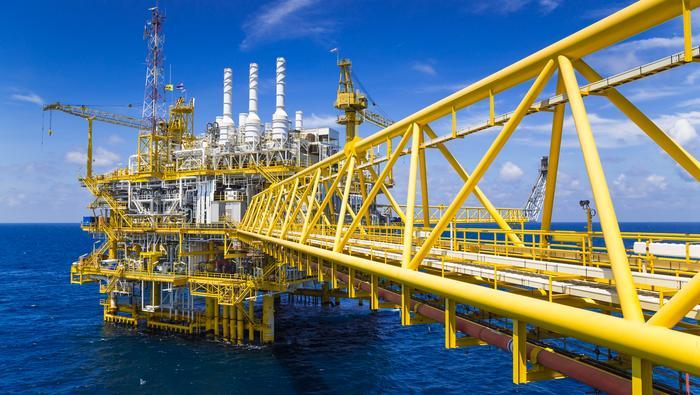 原油价格展望:技术面抛售信号已十分显著!油价可能在欧佩克会议前承压
