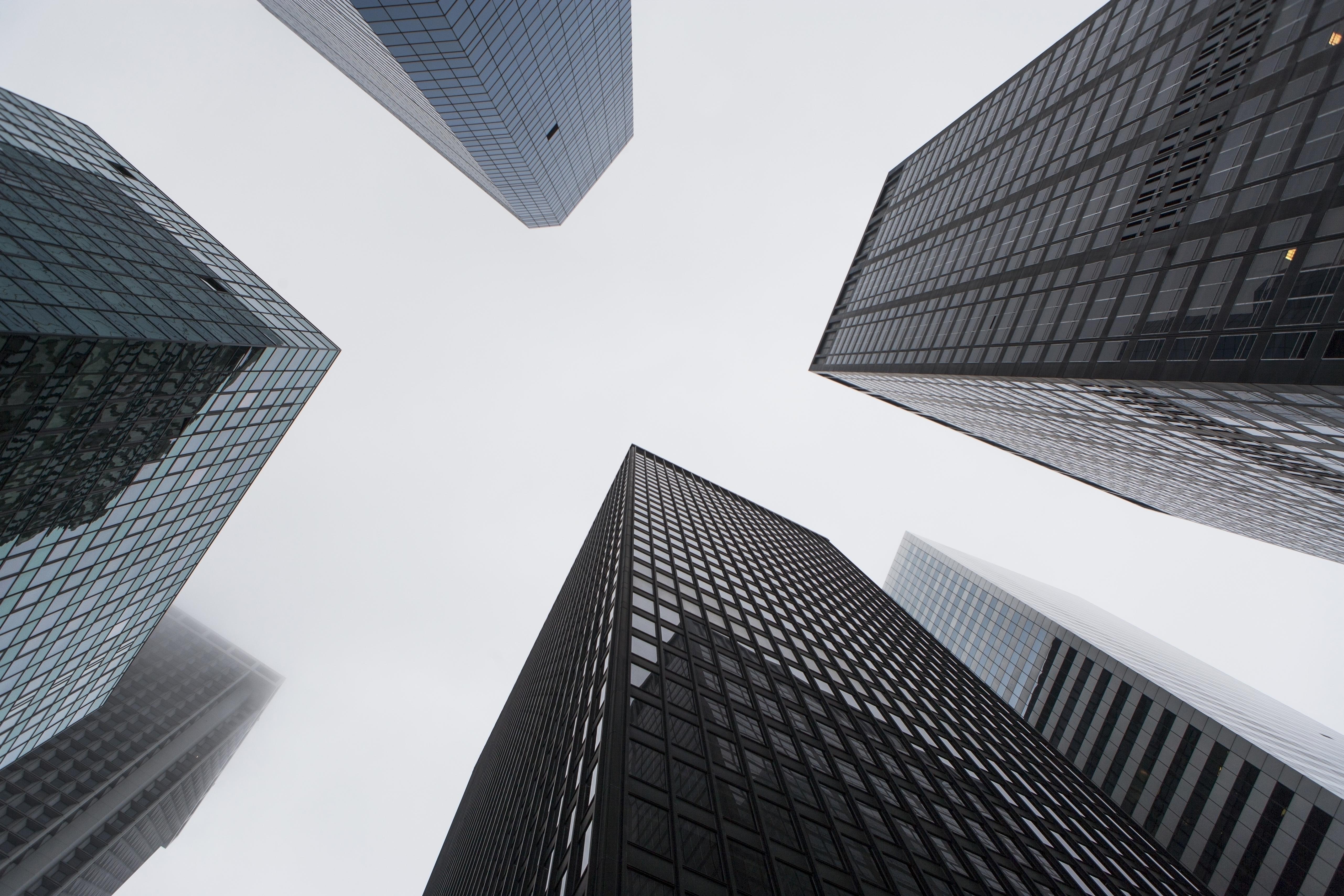 香港恒生指數(HSI50):美股市況強勁,港股走勢停滯不前
