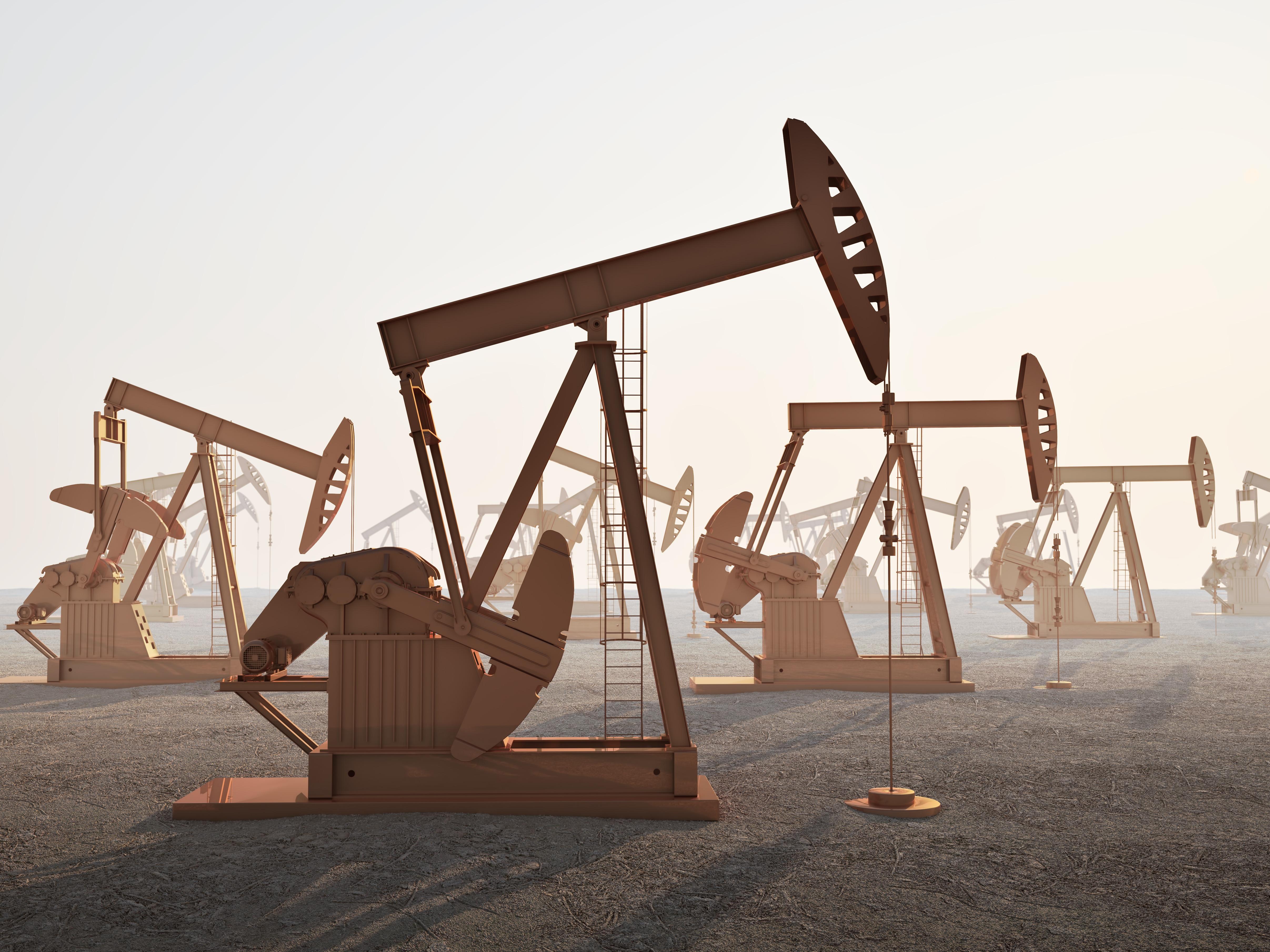 美俄交恶叠加中东战火不断,会否助力油价突破64.00美元?