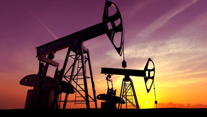 API原油库存结束八连降,油价消化利空后止跌反弹