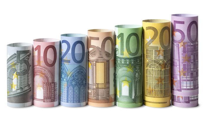 欧元兑美元走势分析:不是简单的反弹修正,或是一轮涨势的开始!