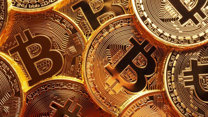 以太币将在未来一年内超越比特币?当前走势又该如何看待?