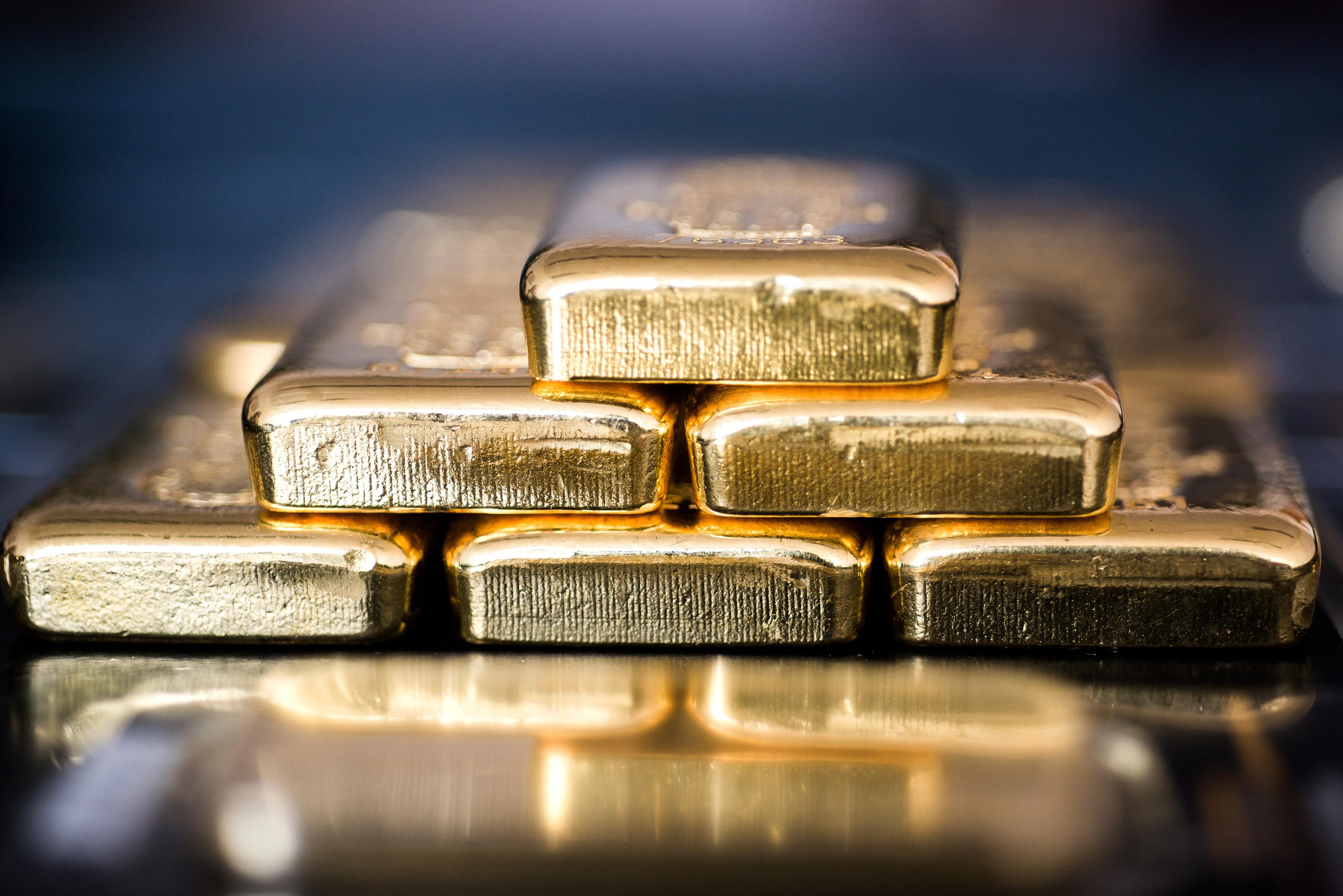 Taper時間或推遲,美債收益率下跌、美元回落,黃金多頭再迎上破良機
