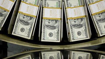【美元】金融市场面临衰退危机,美元可能进一步反弹,美联储新政策或再次效用有限